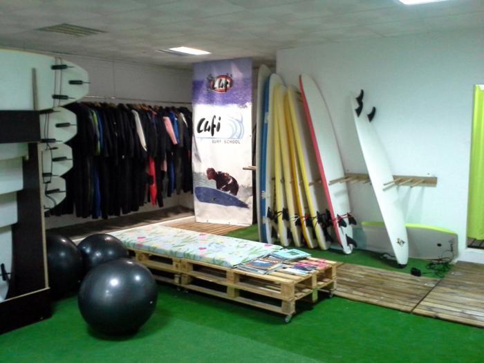 Escola de Surf - Lufi Surf School - Costa de Caparica